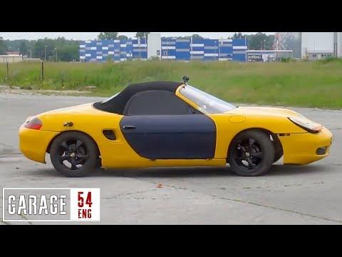 شاهد اللون الأصفر يتغلب على سيارة الجيل الأول من بورشه بوكستر