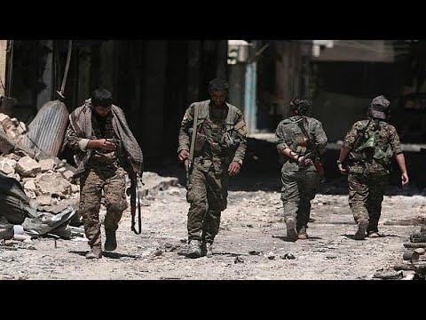 شاهد المرصد السوري يُعلن استمرار القوات الحكومية السورية في التقدم باتجاه خان شيخون