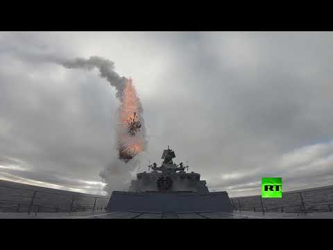 شاهد لقطات مثيرة لإطلاق صواريخ كينجال وكاليبر الروسية