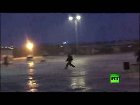 شاهد القوات الإسرائيلية تقتحم المسجد الأقصى وتمنع المواطنين من الصلاة