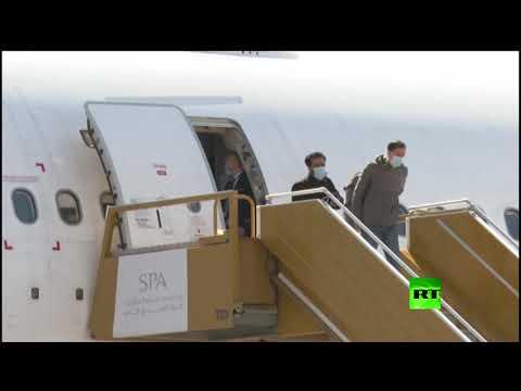 شاهد عودة 10 طلاب سعوديين إلى وطنهم من الصين
