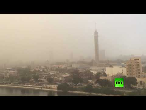 شاهد عاصفة رملية تضرب العاصمة المصرية