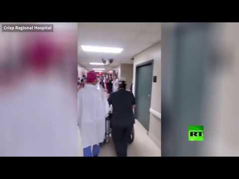 شاهد تفاعل أطباء في مستشفى أميركي مع خروج مصاب بـكورونا