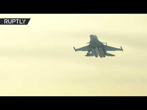 شاهد الدفاع الروسية تتسلم مقاتلة سو34 مطورة بعد اجتيازها جميع الاختبارات