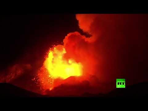 شاهد لحظات ثوران بركان إتنا في إيطاليا