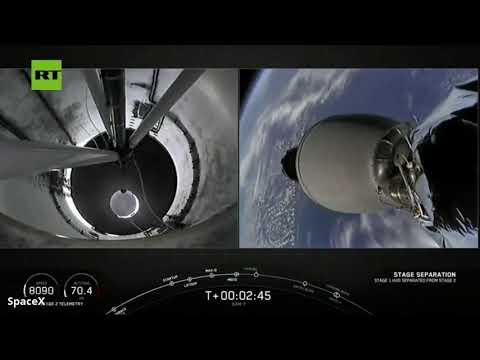شاهد سبيس إكس تطلق بنجاح صاروخا يحمل قمر اتصالات جديد