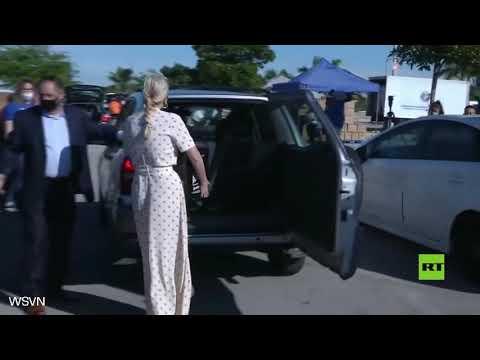 شاهد   إيفانكا ترامب تشارك في توزيع المواد الغذائية في جنوب فلوريدا