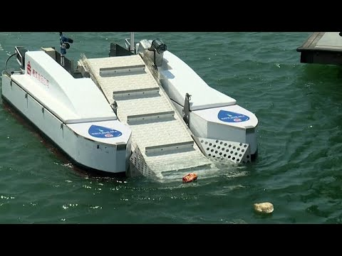 مكنسة كهربائية لمكافة تلوّث البحار المحيطة في جزيرة تايوان