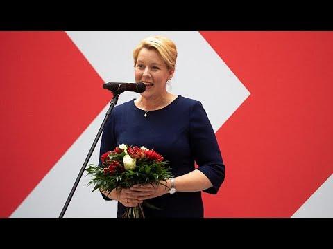 الألمانية فرانسيسكا غيفاي أول امرأة تفوز برئاسة بلدية برلين